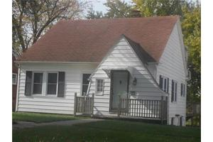 1606 Walnut St, Higginsville, MO 64037