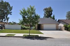 18818 Cabral St, Canyon Country, CA 91351