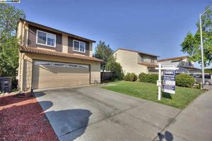 30935 Periwinkle Dr, Union City, CA 94587