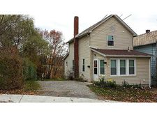 118 Garfield Ave, City Of But Southwest, PA 16001