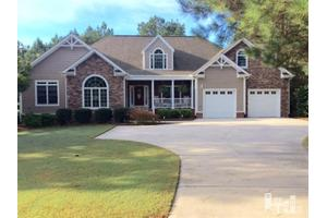 102 Wolf Den Ct, Wallace, NC 28466