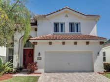 1030 Center Stone Ln, Riviera Beach, FL 33404