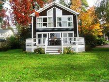 1 Vails Lake Shore Dr, North Salem, NY 10509
