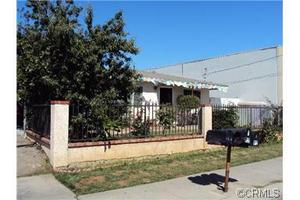 912 W 18th St, Costa Mesa, CA 92627