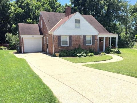 3806 Queen Crest Ave, Silverton, OH 45236