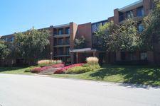 1605 E Central Rd Unit 105A, Arlington Heights, IL 60005