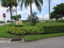 9875 Pineapple Tree Dr Apt 204, Boynton Beach, FL 33436
