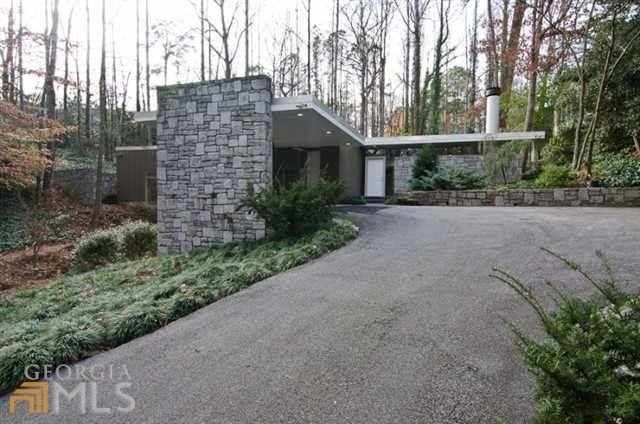 3052 W Pine Valley Rd Nw, Atlanta, GA 30305 - realtor.com®