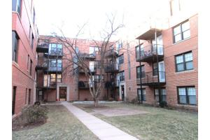 5228 N Campbell Ave Apt 2a, Chicago, IL 60625