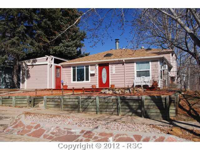 2131 Bonfoy Ave, Colorado Springs, CO 80909