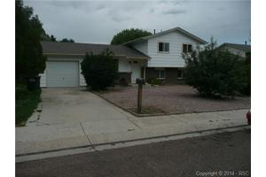 1695 Mineola St, Colorado Springs, CO 80915