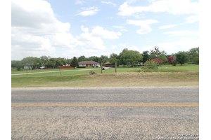 1570 Fm 536, Pleasanton, TX 78064