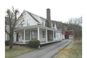 12 Parsons St, Colebrook, NH 03576