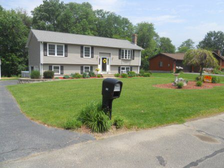 143 Higher Brook Dr, Ludlow, MA 01056