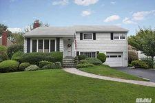 34 Avalon Rd, Garden City, NY 11530