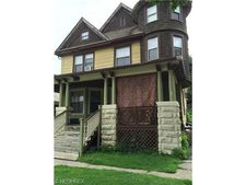 3323 E 55th St, Cleveland, OH 44127
