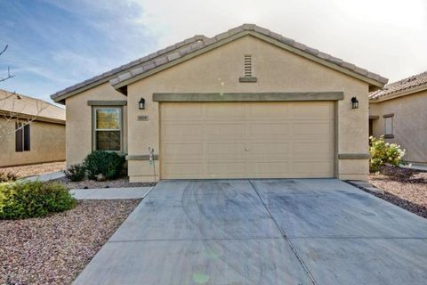 Photo of 929 W Desert Seasons Dr, San Tan Valley, AZ 85143