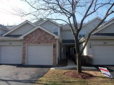 161 Golfview Dr, Glendale Heights, IL 60139