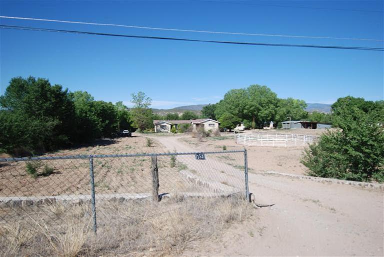 153 Racounty Rd # 56 Hernandez, NM 87566