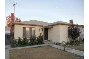 7728 Klump Ave, Sun Valley, CA 91352