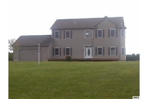16185 Wellwood Ct, Tipton, MI 49287
