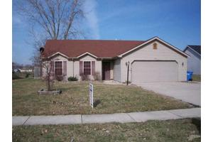 670 S Redstone Ct, Columbia City, IN 46725
