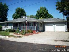 722 W Cherry St, Carlinville, IL 62626