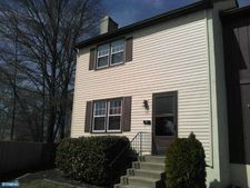 129 New Albany Rd Apt A, Moorestown, NJ 08057