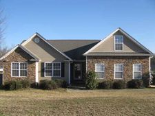 305 Buckle Ct, Boiling Springs, SC 29316
