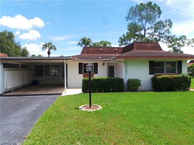 522 Pangola Dr, North Fort Myers, FL