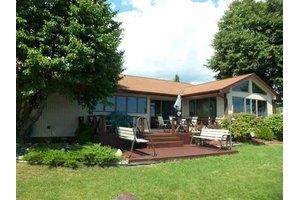 12801 E Houghton Lake Dr, Houghton Lake, MI 48629