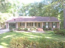 565 S Bethesda Rd, Southern Pines, NC 28387