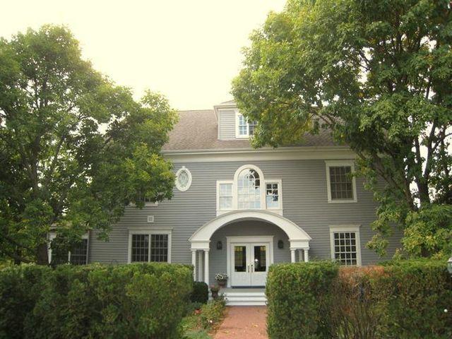 1748 Osage Ave, Fairfield, IA 52556