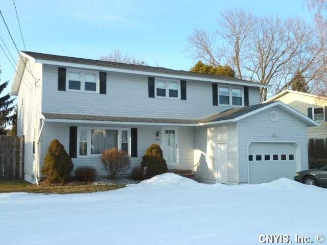 5803 Acton St, East Syracuse, NY 13057
