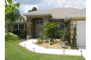 1462 SW Paar Dr, Port Saint Lucie, FL 34953
