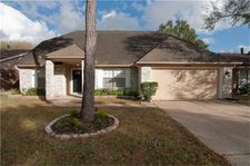 2623 Foxden Dr, Pearland, TX 77584