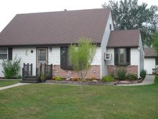 303 4th St Nw, Dilworth, MN 56529
