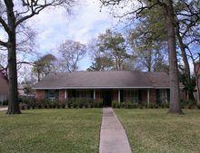 14114 River Forest Dr, Houston, TX 77079