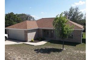 220 Loma Vista Dr, Kerrville, TX 78028