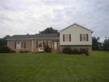 1505 Pikeview Rd, Magnolia, KY 42757