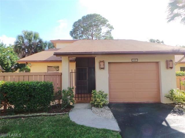 6423 Royal Woods Dr, Fort Myers, FL 33908