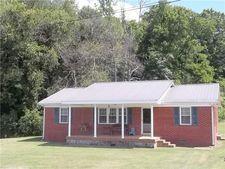 529 Gaither Hinson Rd, Waynesboro, TN 38485