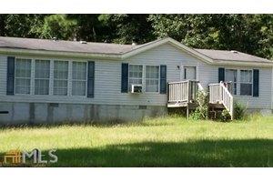 151 Hunters Ridge Dr, Monticello, GA 31064