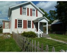 93 Maple St, Greenfield, MA 01301