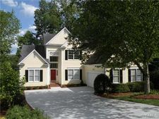 208 Mccleary Ct, Raleigh, NC 27607