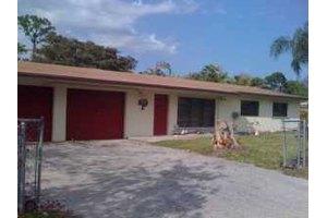 4631 Wenhart Rd, Lake Worth, FL 33463