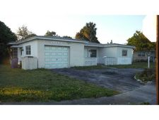 4131 Nw 47th Ter, Lauderdale Lakes, FL 33319