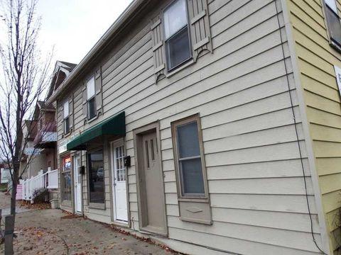 202 S Main St, Slippery Rock, PA 16057