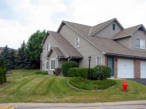 18500 Brookfield Lake Dr Unit 67, Brookfield, WI