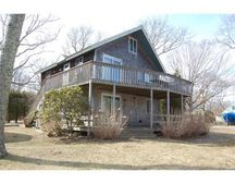 9 Leonard Cir, Vineyard Haven, MA 02568